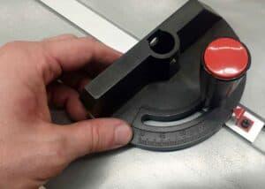 Bosch Professional Tischkreissäge GTS 635-216 - Winklanschlag